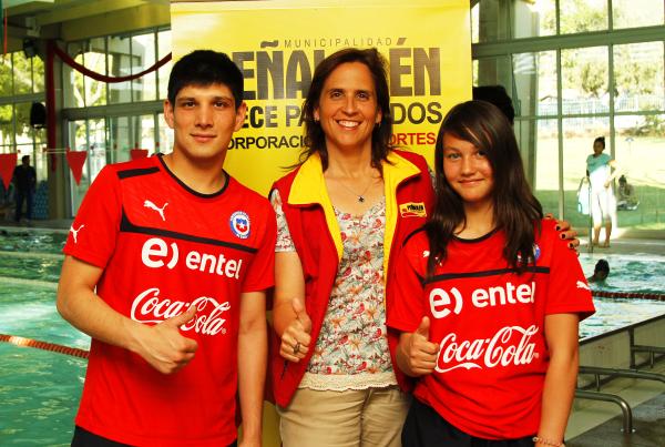 Wladimir Zamorano, Carolina Leitao y Antonella Bellini.
