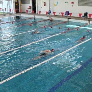 talleres piscina temperada